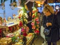 Где развернулись лучшие рождественские ярмарки Европы?